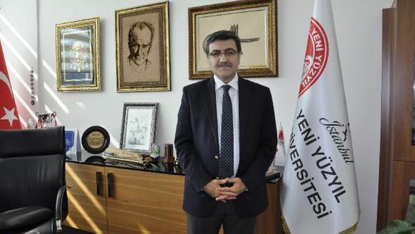 """Hacısalihoğlu: """"Yüzde 48'i ikna etme çabası sürmeli"""""""