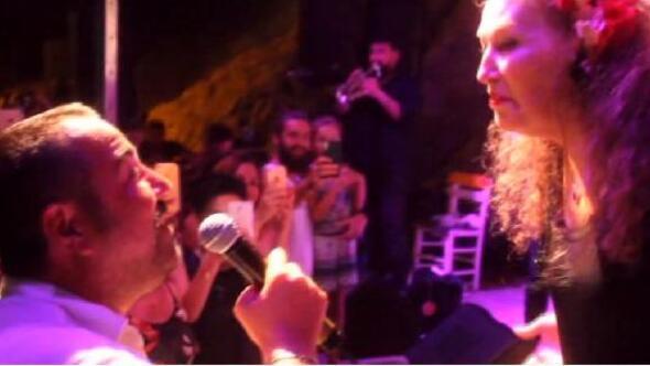 Ata Demirer, Suzan Kardeş ile düet yaptı - EK fotoğraf