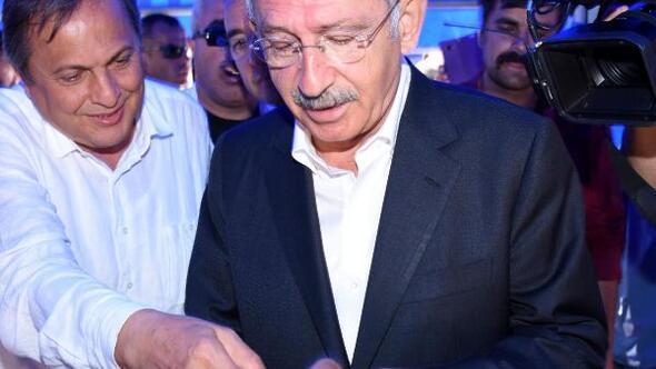 CHP lideri Kılıçdaroğlu, köylülerle kahvaltı yaptı (2)