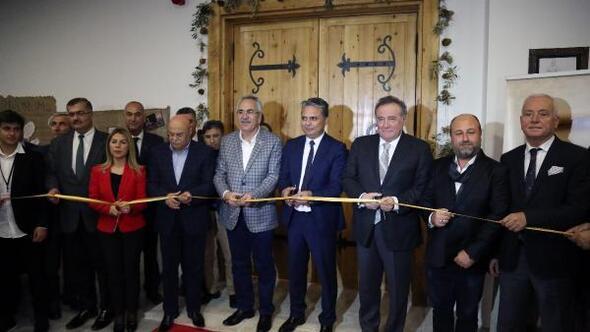 Türkiyenin ilk Felsefe Oditoryumu Antalyada açıldı