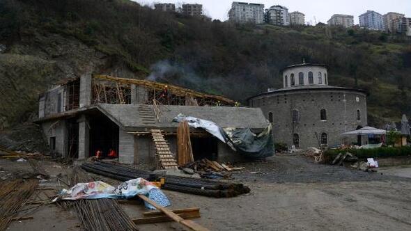 Trabzonda tepkilere neden olan tarihi kuledeki proje durduruldu