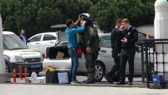 Atatürk Havalimanı camii bahçesindeki şüpheli paket fünye ile patlatıldı