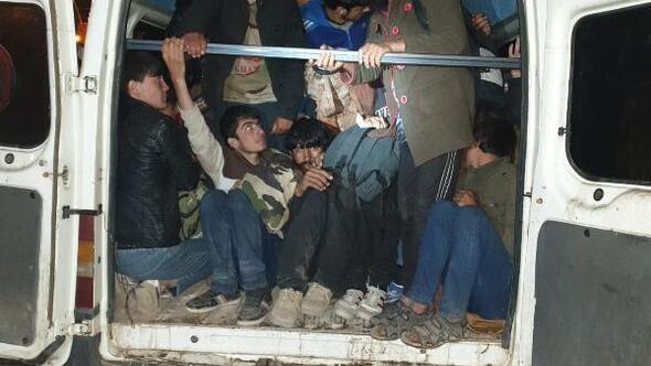 Ağrıda göçmen kaçakçılığına 33 tutuklama