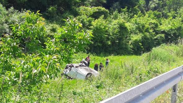 Otomobil şarampole devrildi; küçük Nehir öldü, 4 yaralı