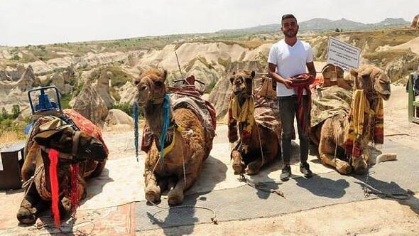 Kapadokyada deve turlarına turistlerden yoğun ilgi