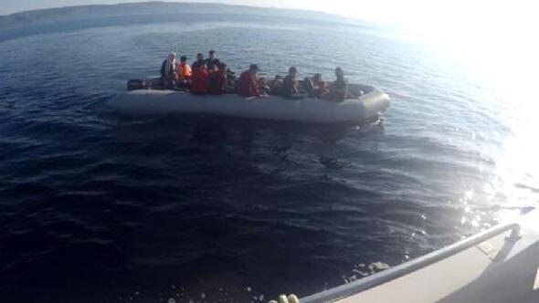 Lastik botta, 26sı çocuk, 41 kaçak yakalandı