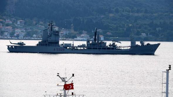 İtalyan ve Fransız savaş gemileri Çanakkale Boğazı'ndan geçti