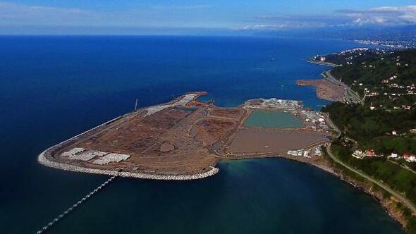 Rize-Artvin Havalimanının yüzde 35i tamamlandı
