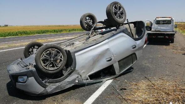Şanlıurfada devrilen otomobildeki 5 kişi yaralandı