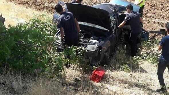 Elazığda otomobiller çarpıştı: 5 yaralı