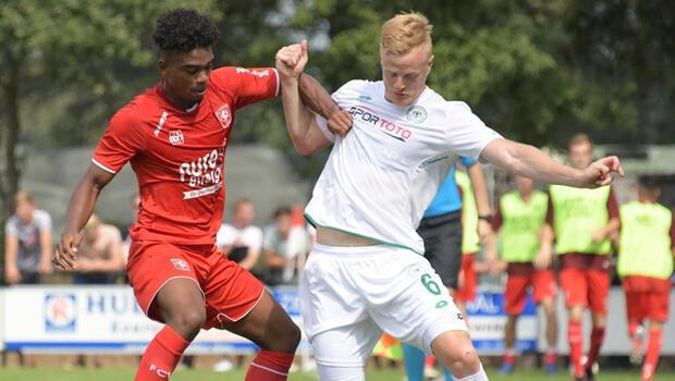Atiker Konyaspor, Twente'ye kaybetti