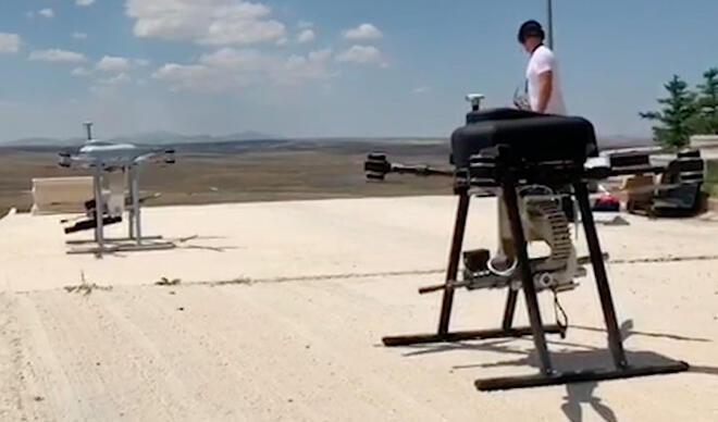 Türkiye'de bir ilk! Makineli tüfekten sonra şimdi de bomba atar…