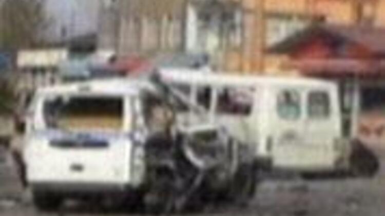 Van'da PKK'dan canlı bomba eylemi: 3 ölü
