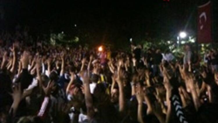 """İstanbul'un parklarında """"doğrudan demokrasi"""""""