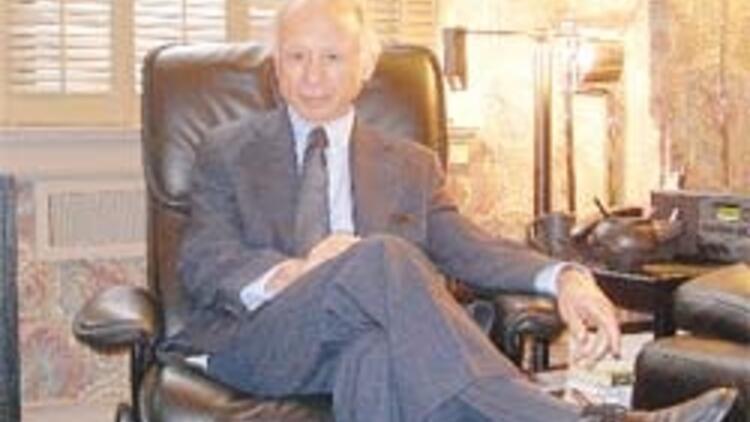 Amerikan jet sosyetesinin Erzurumlu psikiyatrı Toksöz Bayram Karasu