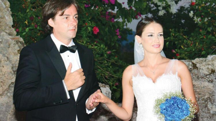 Elvin Aydoğdu ile Adil tunca Marmaris'te evlendi