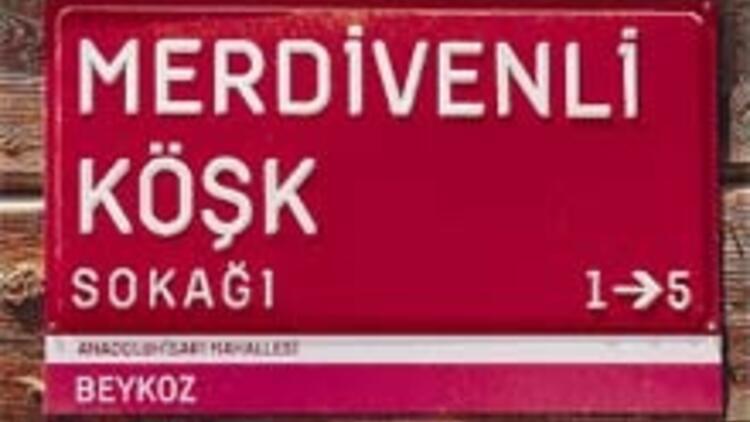 İstanbul'un kırmızı tabelaları