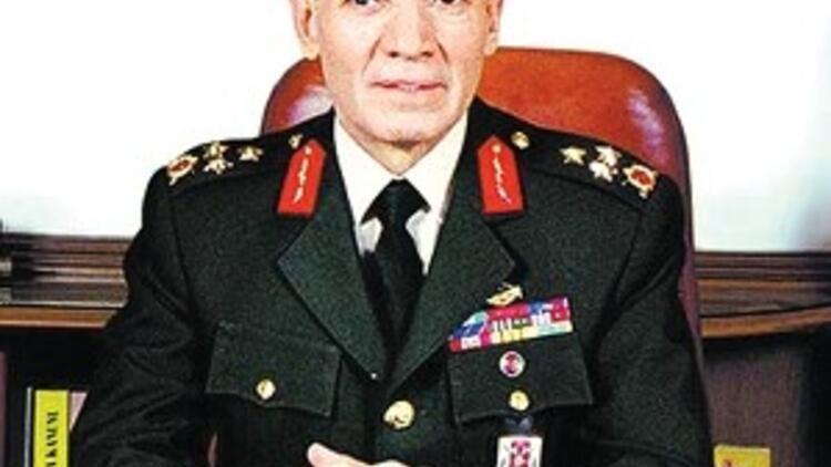 Ordu komutanına Ergenekon davası