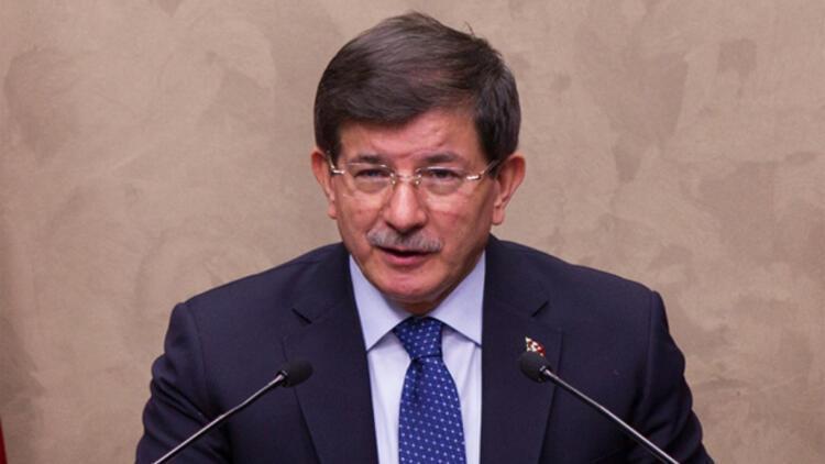 Başbakan Davutoğlu Paris'ten uyardı: Tehdit büyük