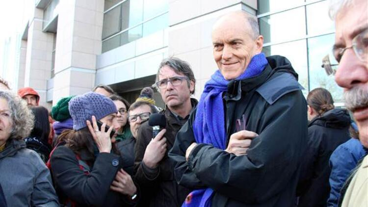 İngiliz akademisyen Chris Stephenson serbest kaldı, savcı 'sınırdışı edilmesini' talep etti