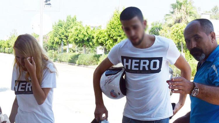 'Hero' tişörtü giyen sevgililer gözaltına alındı