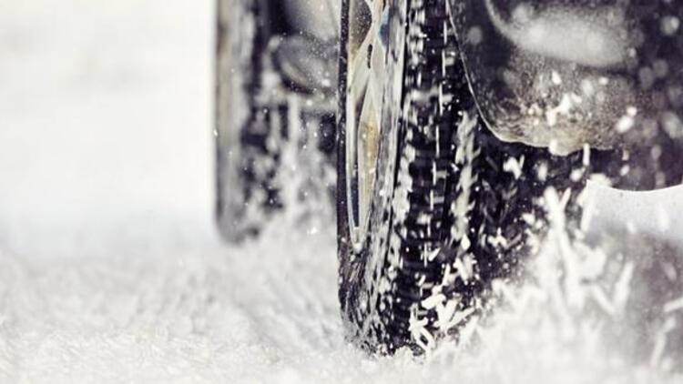 Sürücüler dikkat! Bu kış özel otomobiller de kış lastiği takacak