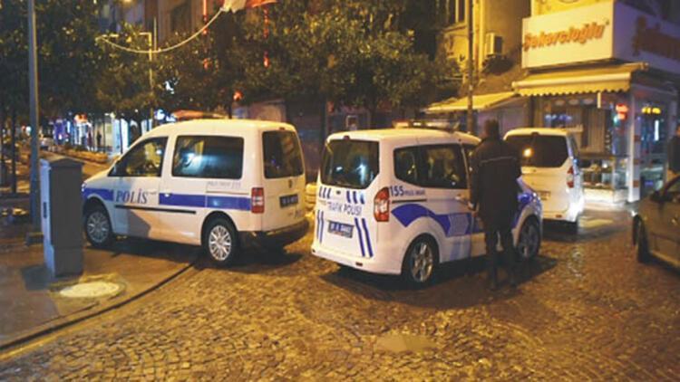 Gece yarısı bomba paniği... Kadın polis fünyeyle patlattı