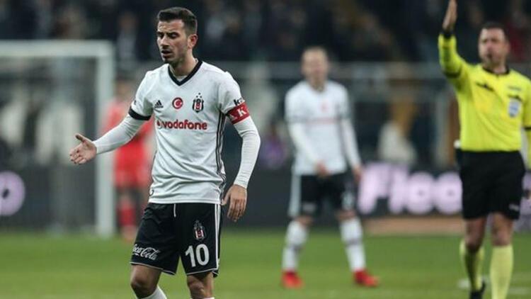 Son dakika: Beşiktaş'ta Oğuzhan Özyakup ilk 11'den çıkarıldı