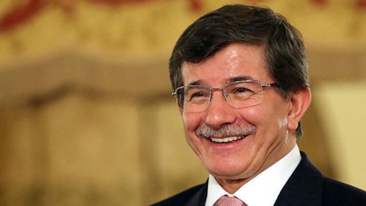 Davutoğlu yanıt verdi: İstanbul Belediye Başkanlığı'na aday olacak mı?