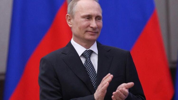 Putin: S-400 anlaşmasını hayata geçirmek önceliğimiz