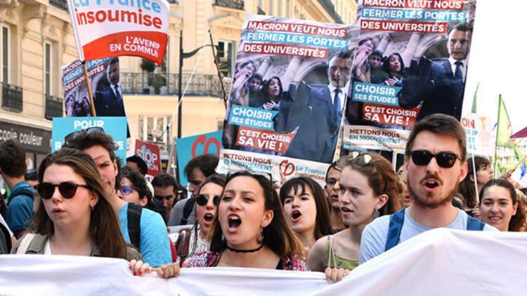 Üniversite sınavlarına 'blokaj' iptali