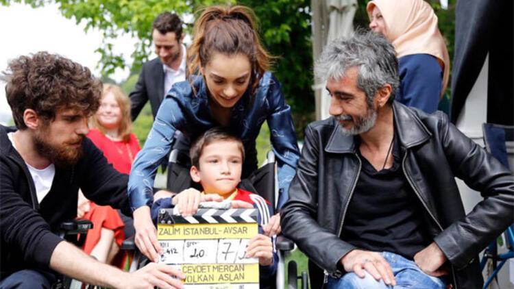 Zalim İstanbul seti engelli hayranlarını ağırladı