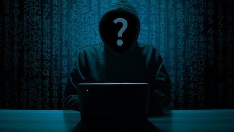 Siber saldırıya uğrayan şirketin notu düşürüldü