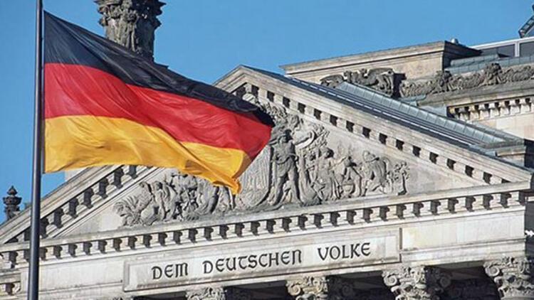 Almanya'da kafalar da, hesaplar da karıştı