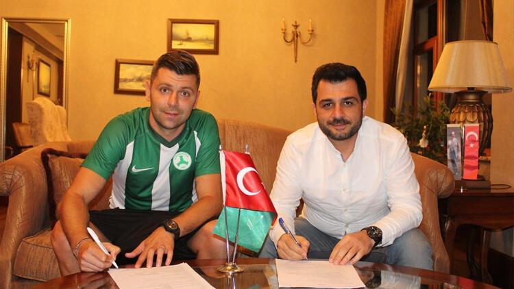Giresunspor, Raul Rusescu'yu renklerine bağladı