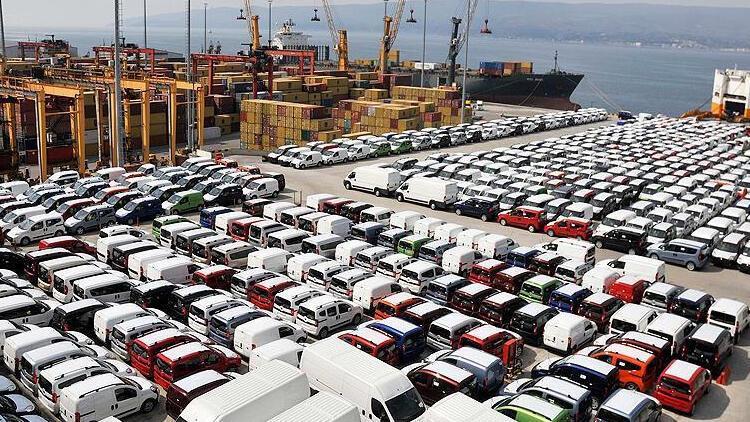 Otomotiv ihracatta liderliğini sürdürüyor