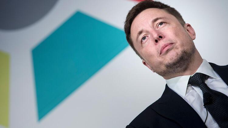 Elon Musk: Robot taksiler üretildiğinde Tesla'nın fiyatı artacak