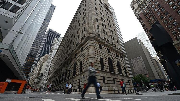 Borsalar ilk yarıda küresel risklere aldırmadı