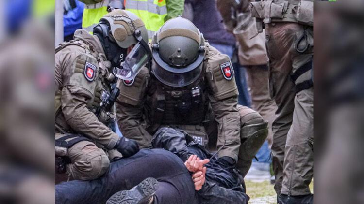 Almanya'da terör baskınları