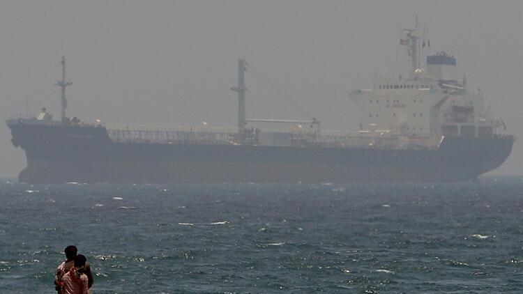 Son dakika... İran, Körfez'de yabancı bayraklı tankere el koydu