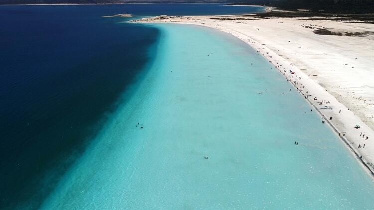 Günde binlerce kişi ziyaret ediyor! Yerli yabancı Türkiye'deki Maldivler'e hayran...