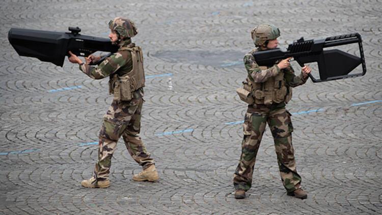 Fransız ordusundan dikkat çeken hamle... 'Kızıl ekip'