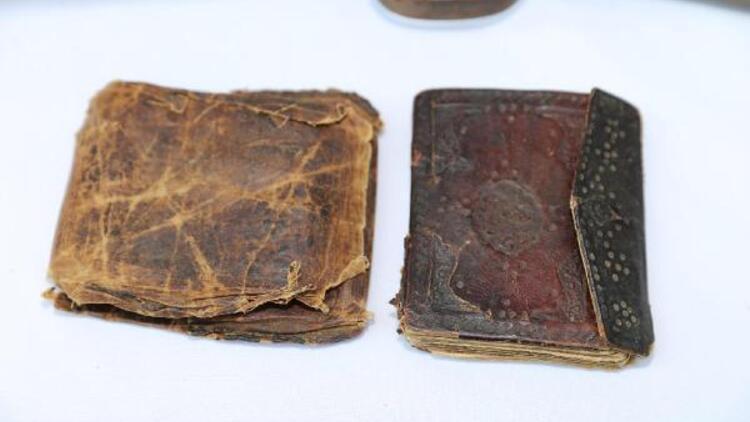 Operasyonda 1000 yıllık el yazması Kur'an bulundu