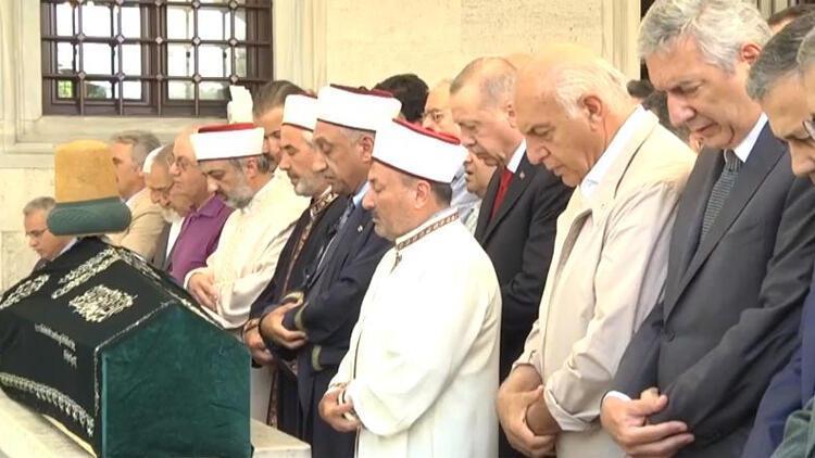 Cumhurbaşkanı Erdoğan, Prof. Dr. Işık'ın cenazesine katıldı