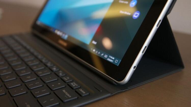 Samsung Galaxy Book S için geri sayım başladı: İşte ilk görüntüler