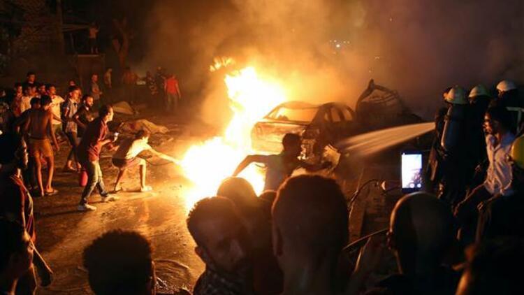 Mısır'da 4 araç yandı: Çok sayıda ölü var