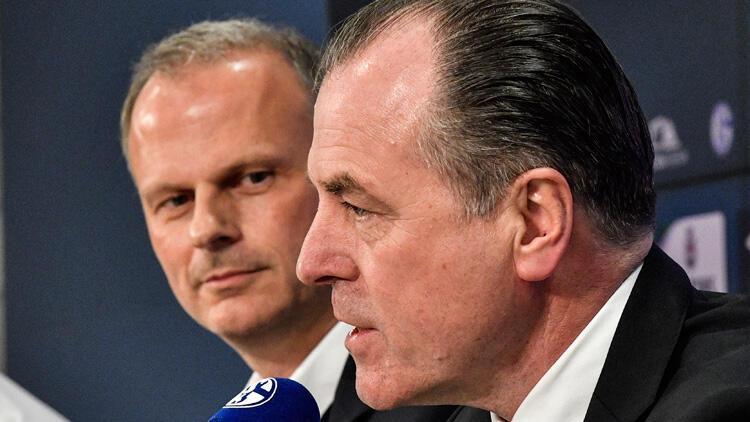 Schalke'de başkan Toennies 3 aylığına koltuğu bıraktı