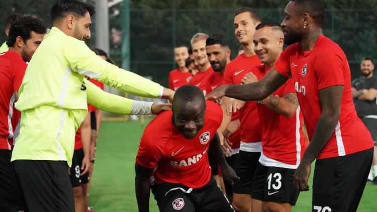 Gazişehir Gaziantep'te Fenerbahçe maçı hazırlıkları