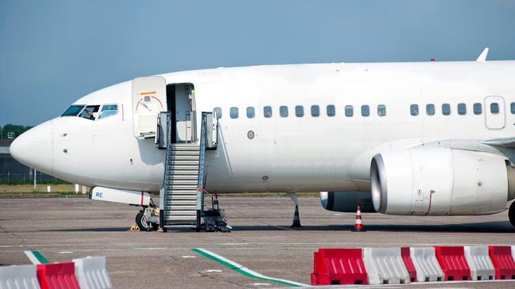 Türkiye'den 20 saniyede bir uçak geçti