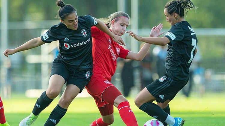 Beşiktaş galibiyetle veda etti